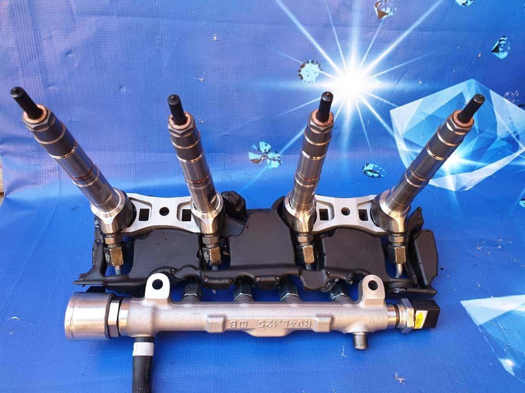 Rampa + injectoare Audi A4 B9 3.0 TDI