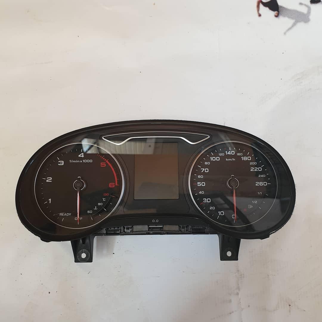 Ceasuri Audi Q2