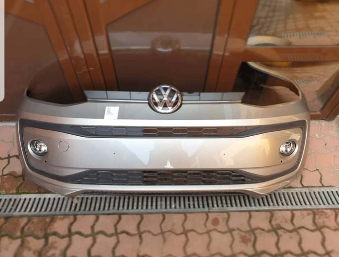 Bara fata VW UP
