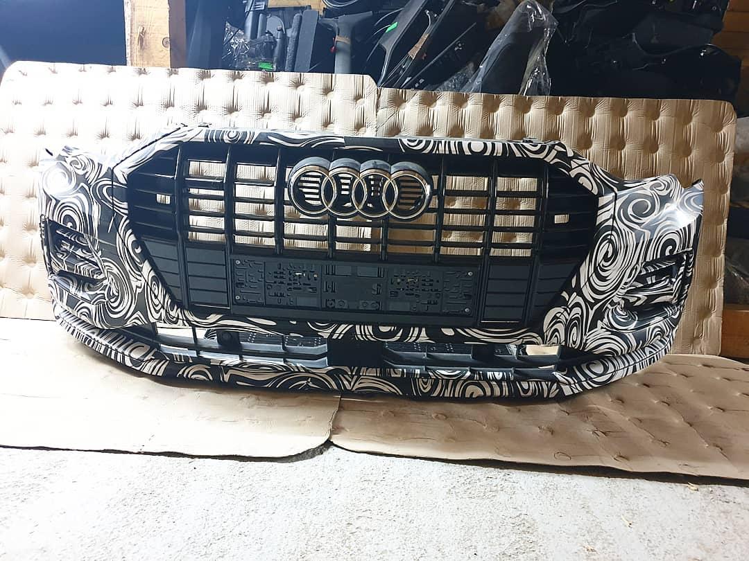 Bara fata completa Audi Q3 F3