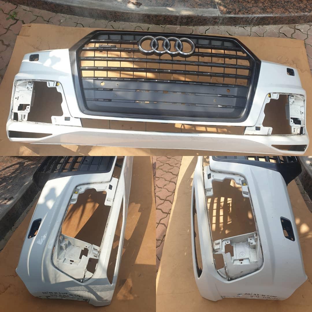 Bara fata Audi Q7 4M S-line 2015/2019 cu spalatoar far si 6 senzori parcare