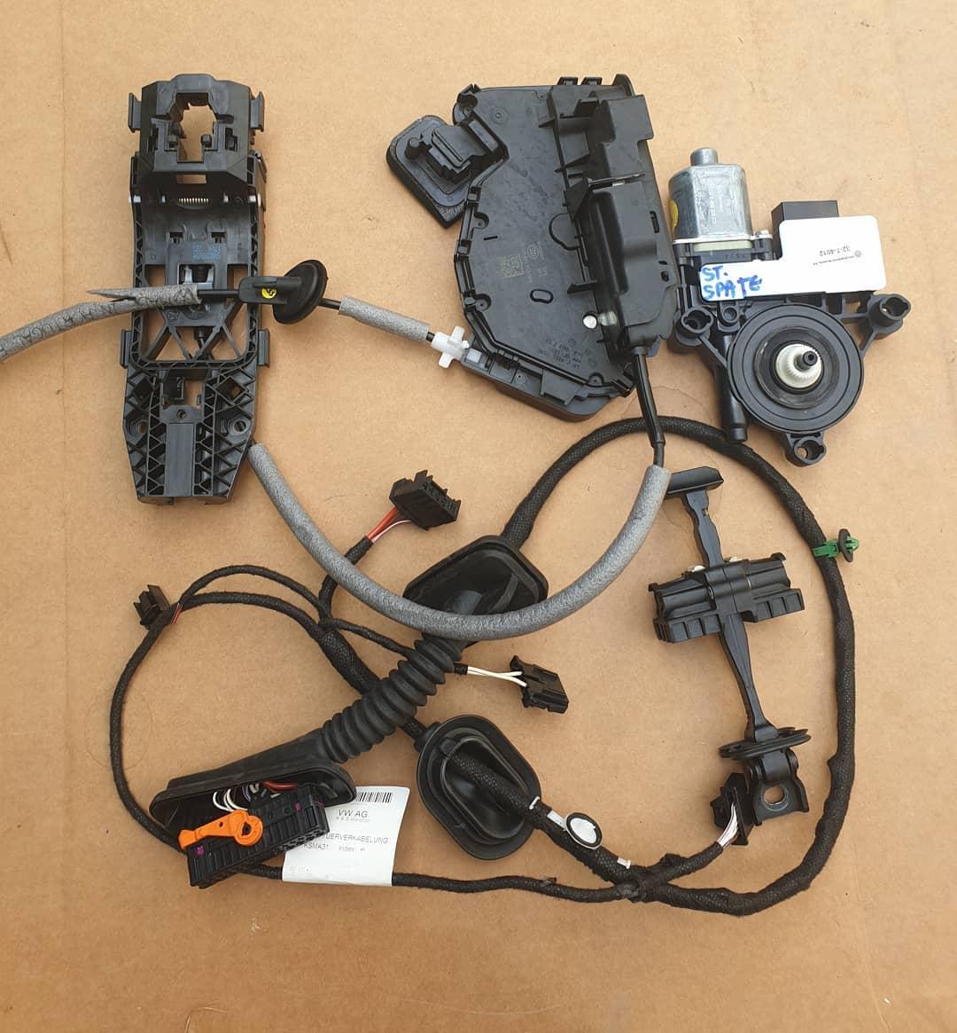 VW Polo Vl Instalatie, motoras geam, balama, incuietoare, broasca, macara geam.