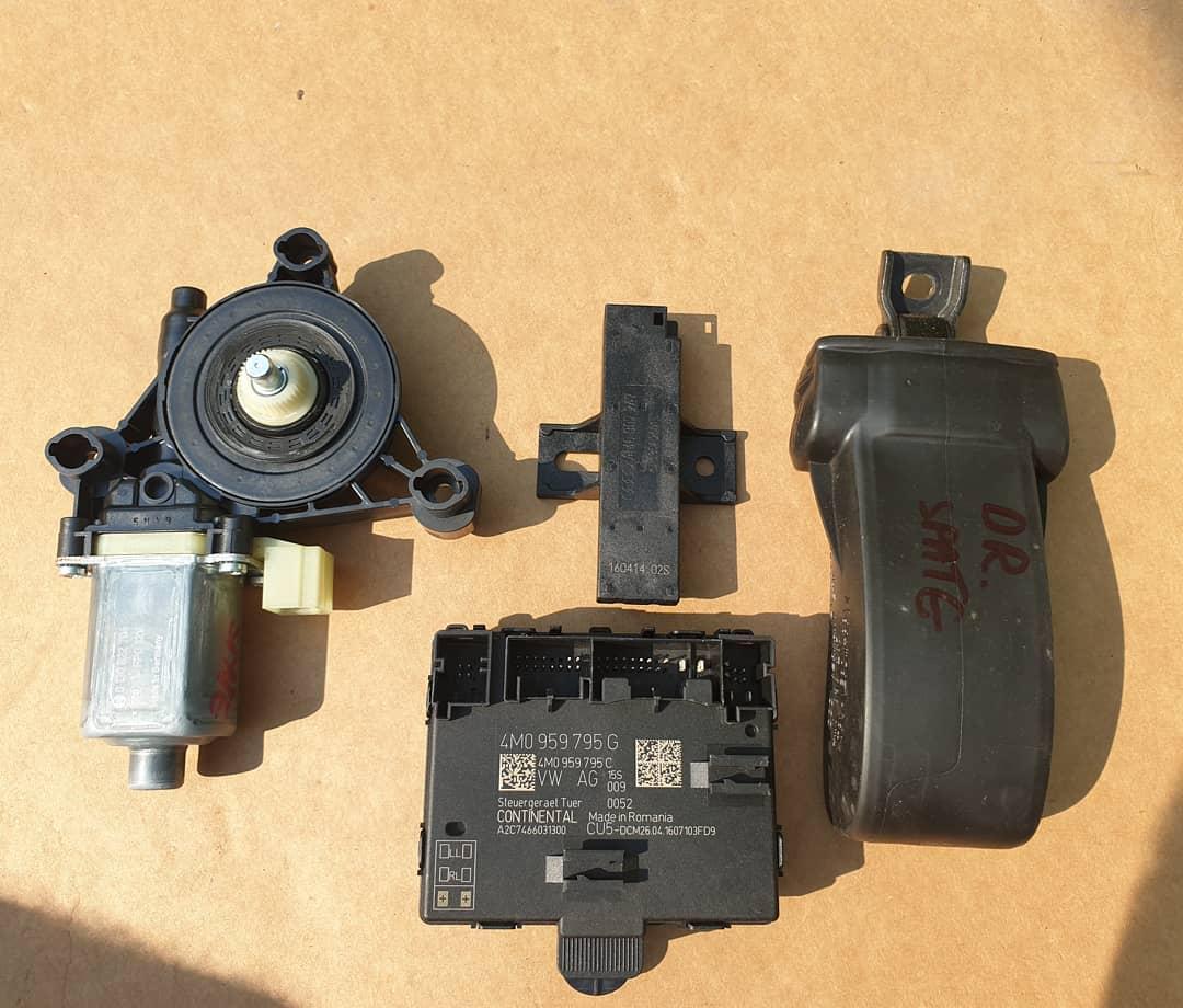 Antena keyless entry, motoras macara, modul si balama usa stanga spate Audi Q7 4M