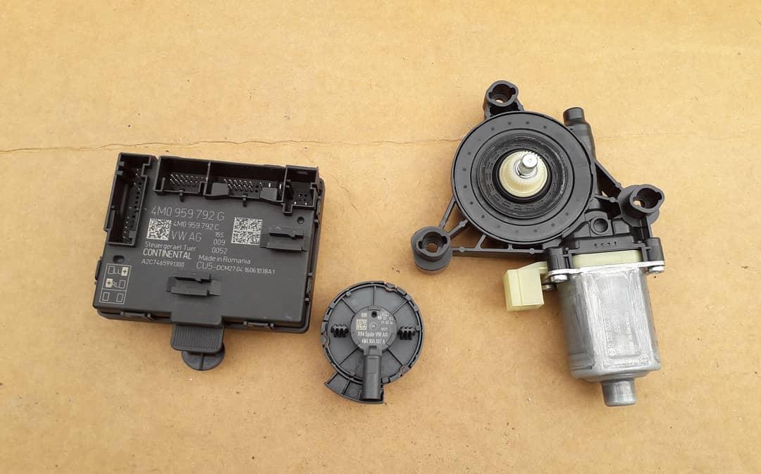 Control modul, senzor impact si motoras geam stanga fata
