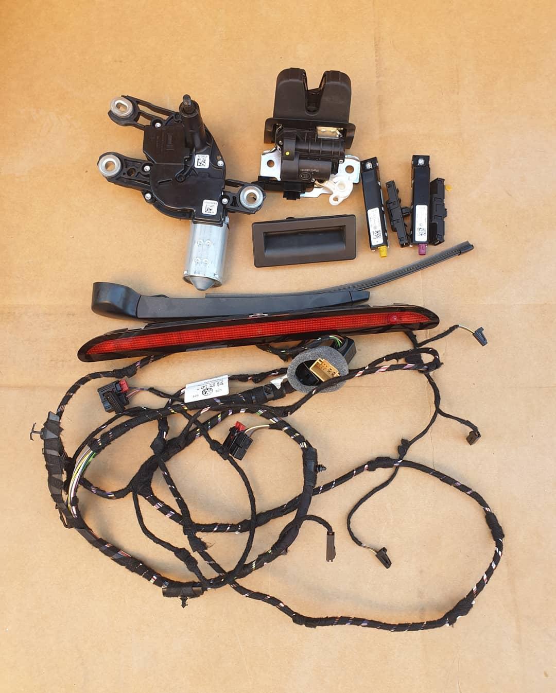 VW Touran Motoras stergator, maner deschidere, broasca, amplificator antena, filtru frecventa radio, stergator, stop frana si instalatie hayon