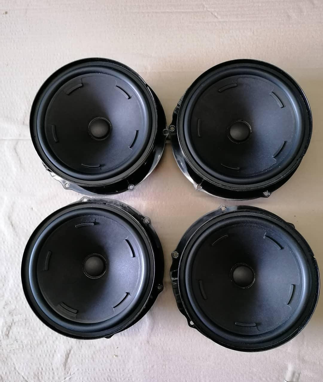 VW Touareg lll Sistem audio fata-spate