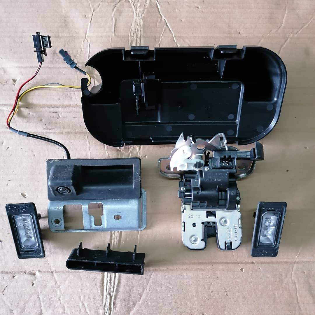 Audi S3 8V 2016 Berlina Mecanism hayon Camera marsalier cu deschidere, broasca, suport camera, iluminare numar Cod: 8v0827566 4gd827127 4h0827505a 8v5827569