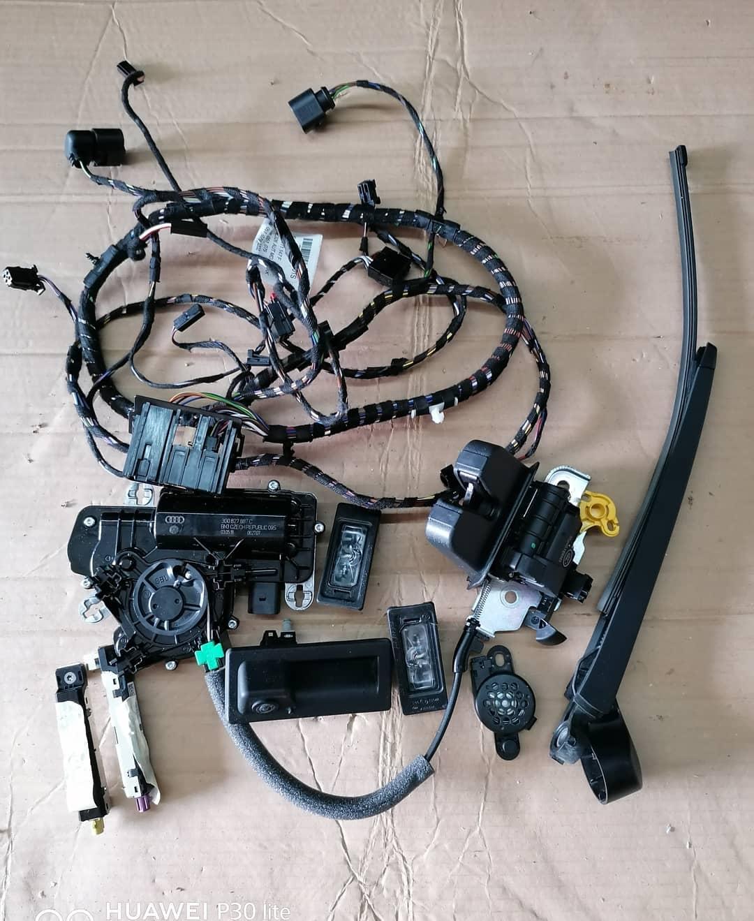 Seat Tarraco 2019 Mecanism hayon Camera marsalier, instalatie, braosca cu motoras, buzzer parcare, iluminare numar, amplificator antena si stergator.!!