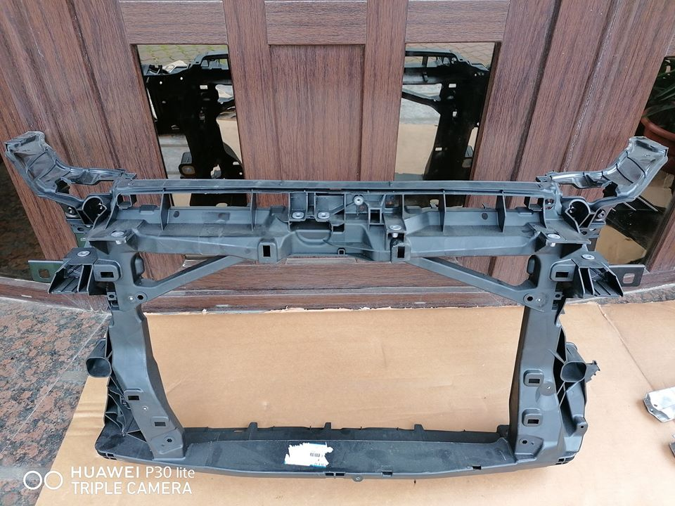 Audi A3 8V Trager