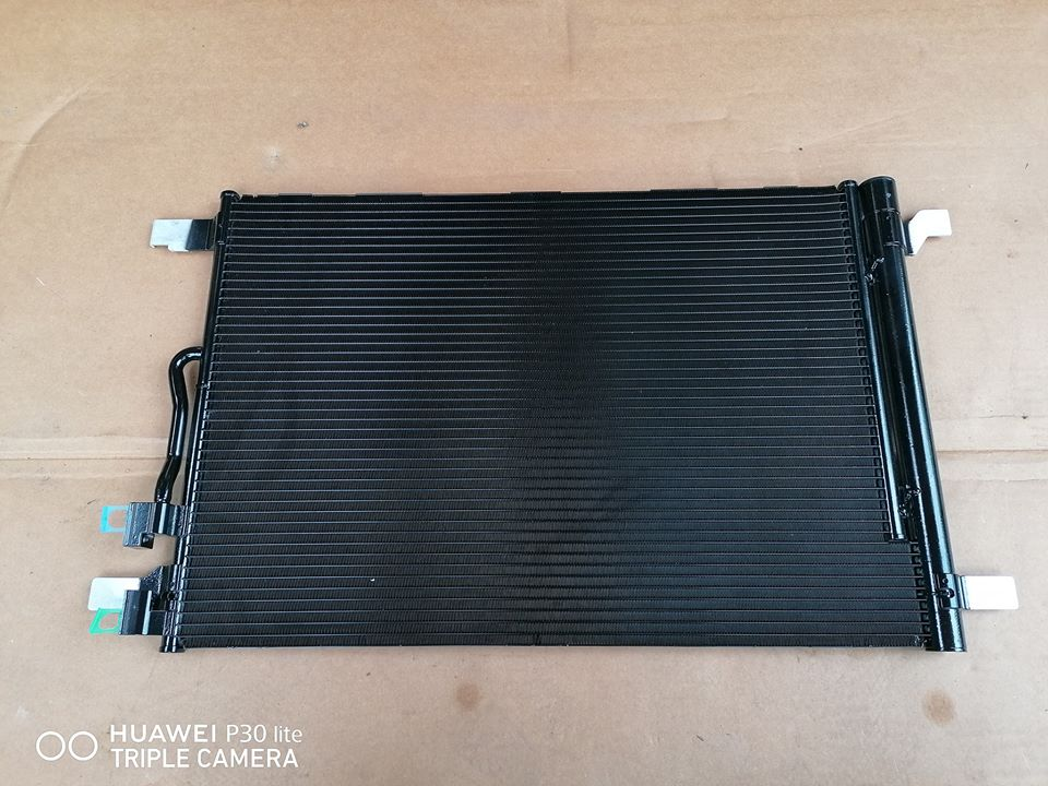 Audi A3 8V Radiator AC Cod: 5q0816411as